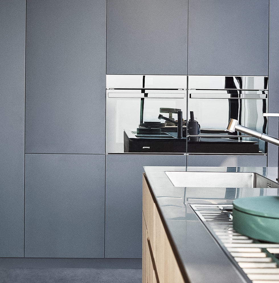 Rovere Natural wood, Inox Mat steel top, Plumbeo structured lacquer ...
